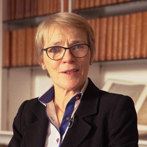 Julie Maxton